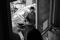 Food queues : Food lines : Hell's Kitchen : Streetlife, New York, Photo by Richard Moore